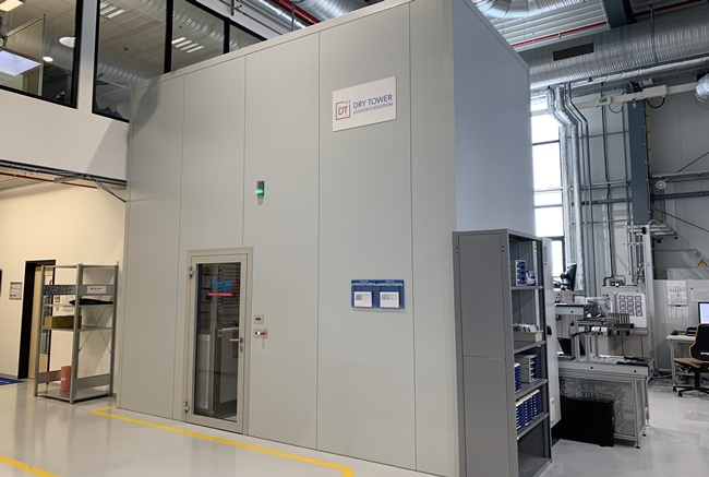 Dry Tower automatisiertes SMD Lagersystem bei HS Elektronik
